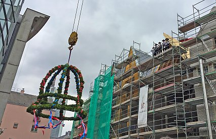DomRömer Area celebrates topping-out